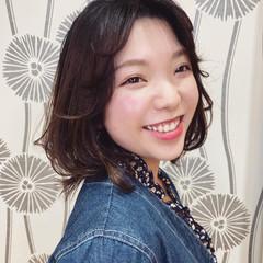 春ヘア ミディアム ナチュラル レイヤーヘアー ヘアスタイルや髪型の写真・画像