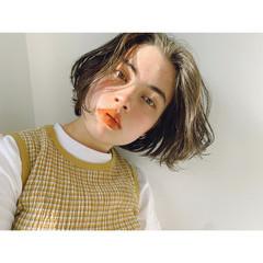 ショート ウルフカット ショートボブ 切りっぱなしボブ ヘアスタイルや髪型の写真・画像