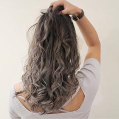 セミロング エレガント グラデーションカラー 女子会 ヘアスタイルや髪型の写真・画像