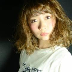 モード ストリート 外国人風 ウェーブ ヘアスタイルや髪型の写真・画像