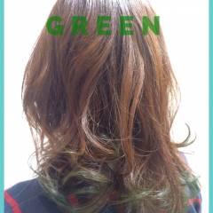 ナチュラル グラデーションカラー ゆるふわ グリーン ヘアスタイルや髪型の写真・画像