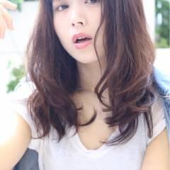 大人かわいい 外国人風 グラデーションカラー ゆるふわ ヘアスタイルや髪型の写真・画像