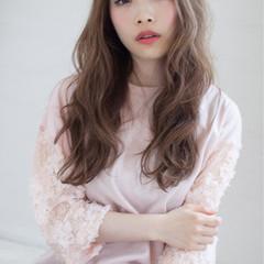 フェミニン ロング ナチュラル ヘアアレンジ ヘアスタイルや髪型の写真・画像