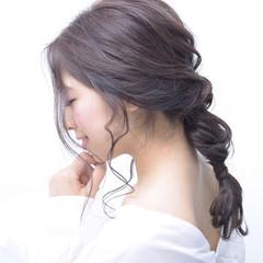 ナチュラル 編みおろし ナチュラル可愛い セミロング ヘアスタイルや髪型の写真・画像