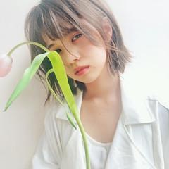 ストレート 簡単ヘアアレンジ 透明感カラー シースルーバング ヘアスタイルや髪型の写真・画像