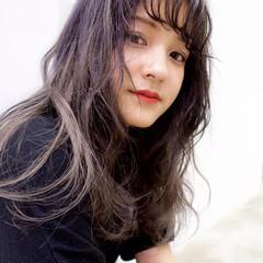 ロング バレイヤージュ 外国人風カラー グラデーションカラー ヘアスタイルや髪型の写真・画像