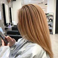 バレイヤージュ ストリート ベージュ レイヤーカット ヘアスタイルや髪型の写真・画像