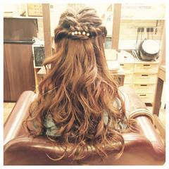 外国人風 大人かわいい ヘアアレンジ ゆるふわ ヘアスタイルや髪型の写真・画像