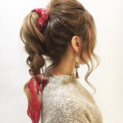 簡単ヘアアレンジ ヘアアクセ ヘアアレンジ ロング ヘアスタイルや髪型の写真・画像