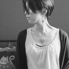 小顔 抜け感 黒髪 ショート ヘアスタイルや髪型の写真・画像