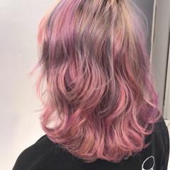 個性的 外国人風カラー グラデーションカラー ミディアム ヘアスタイルや髪型の写真・画像