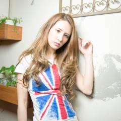 外国人風 ロング ヘアアレンジ ストリート ヘアスタイルや髪型の写真・画像