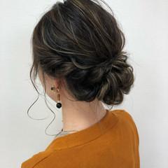 ナチュラル ヘアアレンジ セミロング シニヨン ヘアスタイルや髪型の写真・画像