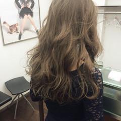 ロング コンサバ 大人かわいい グラデーションカラー ヘアスタイルや髪型の写真・画像