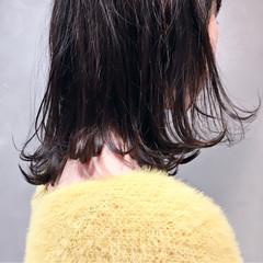 ミディアム ボブ アッシュ ストリート ヘアスタイルや髪型の写真・画像