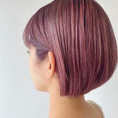 切りっぱなしボブ ナチュラル ピンクベージュ ショートボブ ヘアスタイルや髪型の写真・画像
