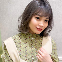 フェミニン レイヤーカット ミディアムレイヤー ウルフカット ヘアスタイルや髪型の写真・画像