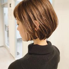 ナチュラル ショート ショートボブ オフィス ヘアスタイルや髪型の写真・画像