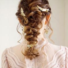 結婚式 ヘアアレンジ ロング ナチュラル ヘアスタイルや髪型の写真・画像