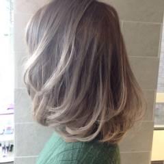 黒髪 モード グラデーションカラー アッシュ ヘアスタイルや髪型の写真・画像