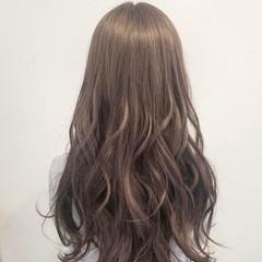 上品 エレガント ミルクティー ロング ヘアスタイルや髪型の写真・画像