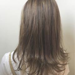 ガーリー イルミナカラー ハイトーン ミディアム ヘアスタイルや髪型の写真・画像