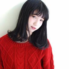 前髪あり ゆるふわ ガーリー 暗髪 ヘアスタイルや髪型の写真・画像