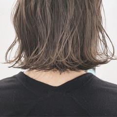 ボブ グレージュ ミルクティーベージュ 簡単ヘアアレンジ ヘアスタイルや髪型の写真・画像