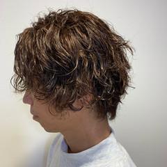 メンズパーマ ツイスト ショート メンズヘア ヘアスタイルや髪型の写真・画像