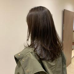 セミロング 大人可愛い ウルフカット ナチュラル ヘアスタイルや髪型の写真・画像