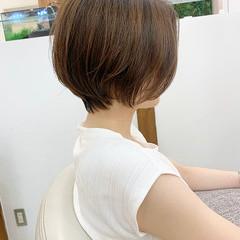 前髪なし 前下がりショート ショートヘア ハンサムショート ヘアスタイルや髪型の写真・画像