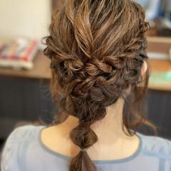 フェミニン ゆるふわ ミディアム アップスタイル ヘアスタイルや髪型の写真・画像