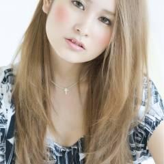 透明感 ハイトーン 渋谷系 ロング ヘアスタイルや髪型の写真・画像