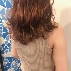 ピンク セミロング 大人かわいい ナチュラル ヘアスタイルや髪型の写真・画像