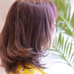 グレージュ セミロング ガーリー ピンク ヘアスタイルや髪型の写真・画像