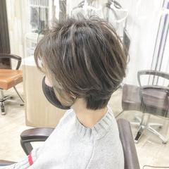 ミルクティーベージュ ショートヘア ベリーショート ショート ヘアスタイルや髪型の写真・画像