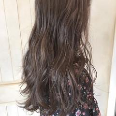 外国人風カラー 外国人風 アッシュ ウェーブ ヘアスタイルや髪型の写真・画像