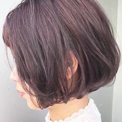 大人かわいい ナチュラル 色気 グレージュ ヘアスタイルや髪型の写真・画像