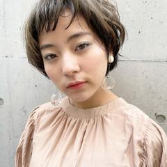 前髪パーマ ショートヘア マッシュショート ベリーショート ヘアスタイルや髪型の写真・画像