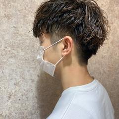 ショート ツーブロック メンズショート メンズパーマ ヘアスタイルや髪型の写真・画像