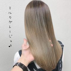 ロング ミルクティーベージュ フェミニン ミルクティー ヘアスタイルや髪型の写真・画像