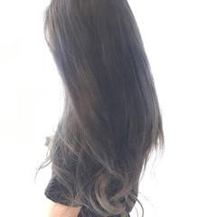 アンニュイ アッシュ ナチュラル ウェーブ ヘアスタイルや髪型の写真・画像
