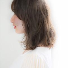 デート ナチュラル 大人かわいい ミディアム ヘアスタイルや髪型の写真・画像