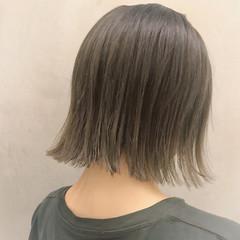 大人かわいい ボブ ウェーブ アンニュイ ヘアスタイルや髪型の写真・画像