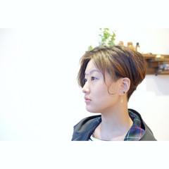 坊主 大人女子 刈り上げ ショート ヘアスタイルや髪型の写真・画像
