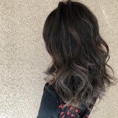 冬 セミロング ハイライト 上品 ヘアスタイルや髪型の写真・画像
