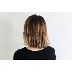 外国人風 外ハネ 外国人風カラー ミディアム ヘアスタイルや髪型の写真・画像