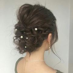フェミニン ヘアアレンジ 結婚式 オフィス ヘアスタイルや髪型の写真・画像