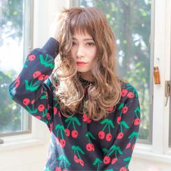 セミロング ショートバング 外国人風 小顔 ヘアスタイルや髪型の写真・画像