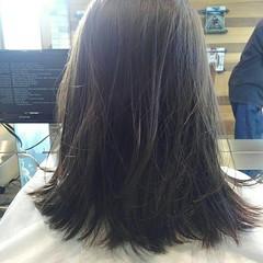 前髪あり グレージュ 透明感 アッシュ ヘアスタイルや髪型の写真・画像
